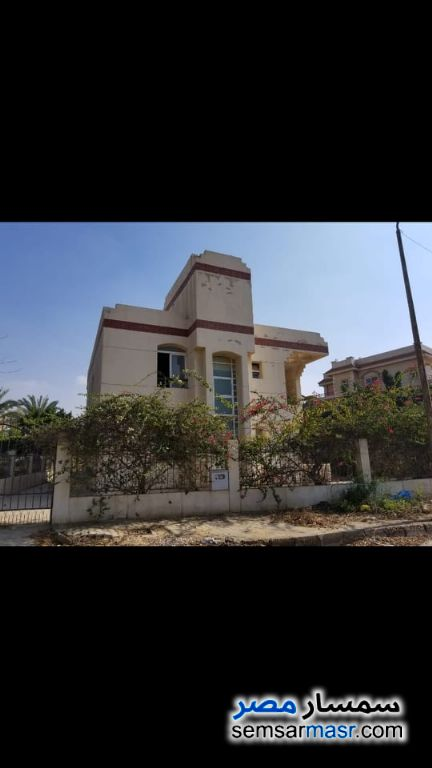 Photo 17 - Villa 5 bedrooms 2 baths 385 sqm super lux For Sale Shorouk City Cairo