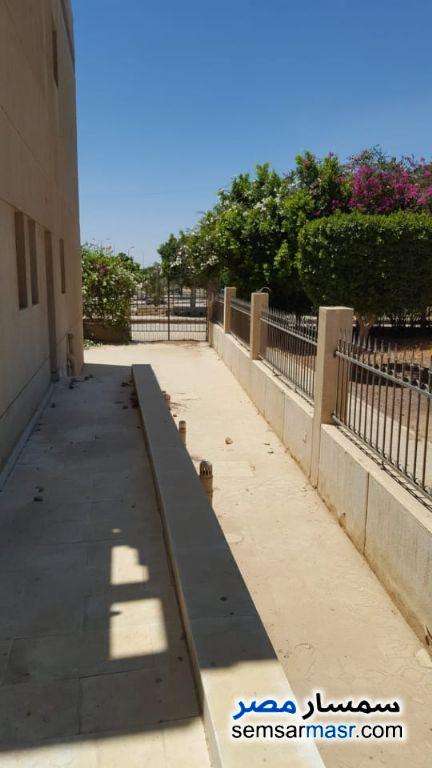 Photo 5 - Villa 5 bedrooms 2 baths 385 sqm super lux For Sale Shorouk City Cairo