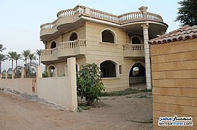 Ad Photo: Villa 5 bedrooms 4 baths 1400 sqm semi finished in AL Mansoureyah  Giza
