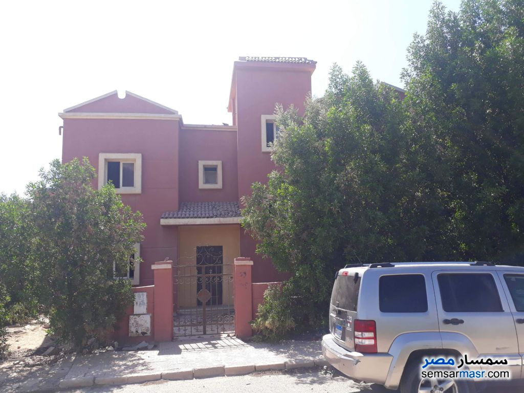 Ad Photo: Villa 4 bedrooms 3 baths 446 sqm lux in Cairo Alexadrea Desert Road  Alexandira