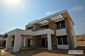 Ad Photo: Villa 5 bedrooms 4 baths 950 sqm semi finished in Hurghada  Red Sea