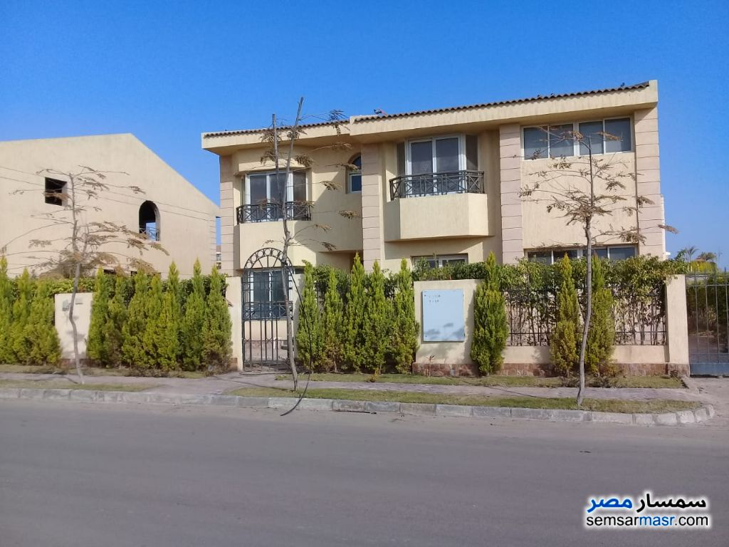 Photo 1 - Villa 5 bedrooms 4 baths 880 sqm extra super lux For Sale Sheikh Zayed 6th of October