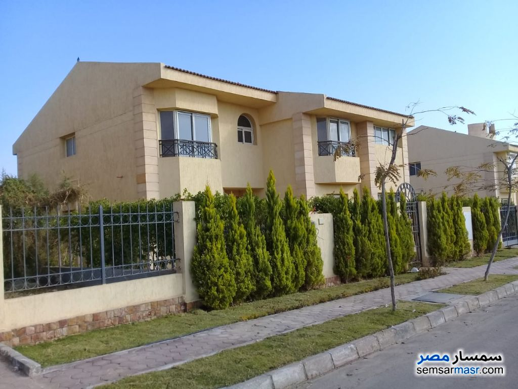 Photo 2 - Villa 5 bedrooms 4 baths 880 sqm extra super lux For Sale Sheikh Zayed 6th of October