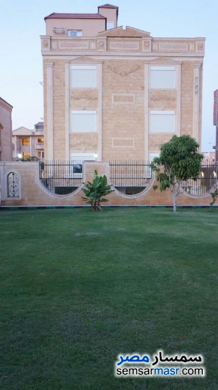 Photo 1 - Villa 9 bedrooms 5 baths 1,000 sqm extra super lux For Sale West Somid 6th of October