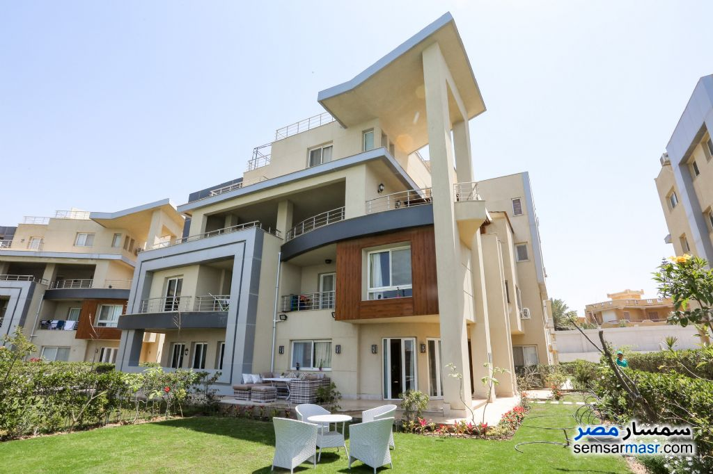 Ad Photo: Villa 3 bedrooms 3 baths 460 sqm super lux in North Coast  Alexandira