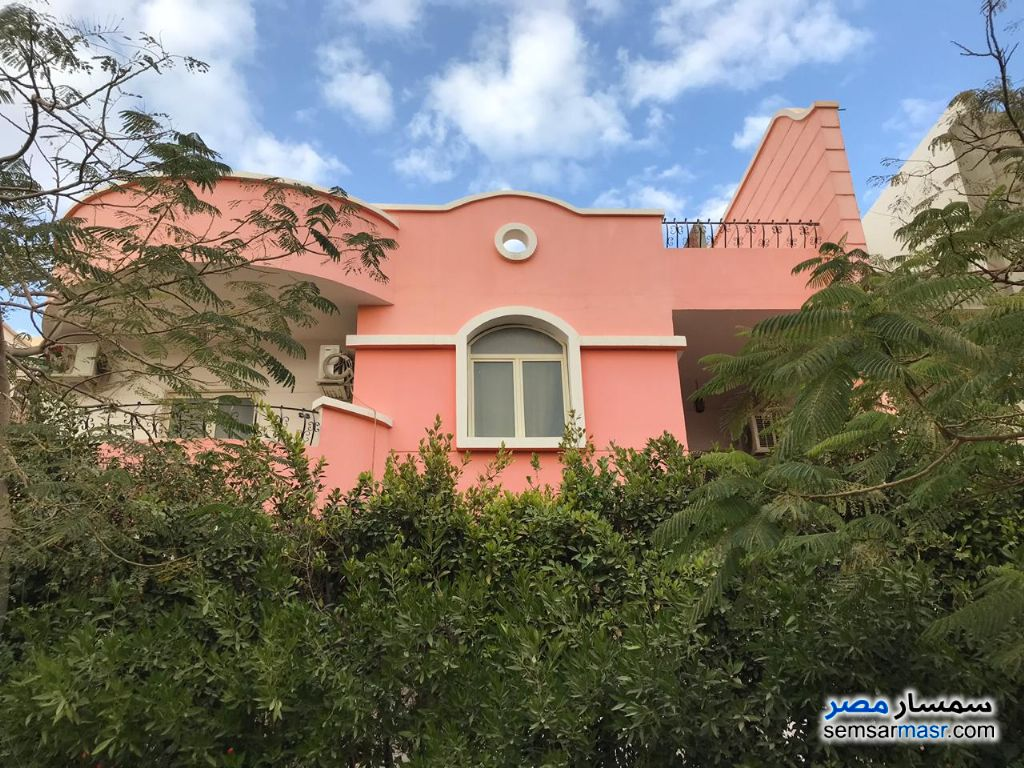 Photo 1 - Villa 4 bedrooms 4 baths 490 sqm lux For Sale Mokattam Cairo