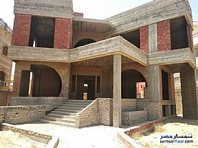 Ad Photo: Villa 7 bedrooms 5 baths 572 sqm without finish in El Ubour City  Qalyubiyah