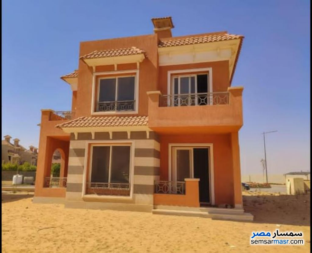 Ad Photo: Villa 4 bedrooms 3 baths 192 sqm semi finished in North Extensions  6th of October
