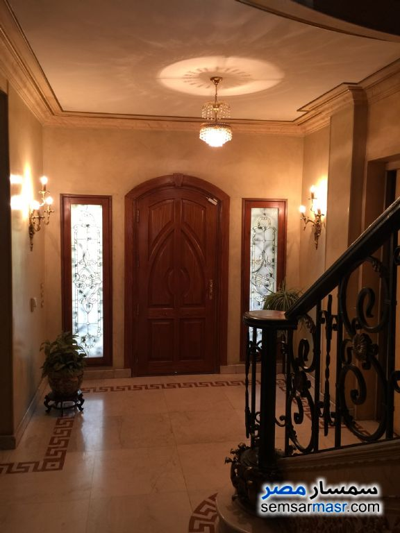 Photo 11 - Villa 4 bedrooms 5 baths 800 sqm extra super lux For Sale 15 May City Cairo