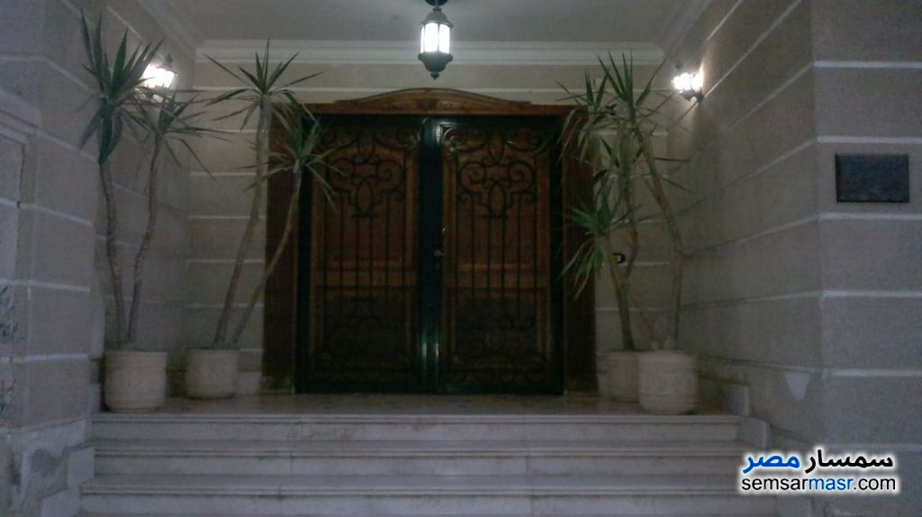 Ad Photo: Villa 4 bedrooms 2 baths 600 sqm super lux in Maadi  Cairo