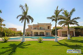Ad Photo: Villa 5 bedrooms 7 baths 2800 sqm extra super lux in King Maryot  Alexandira