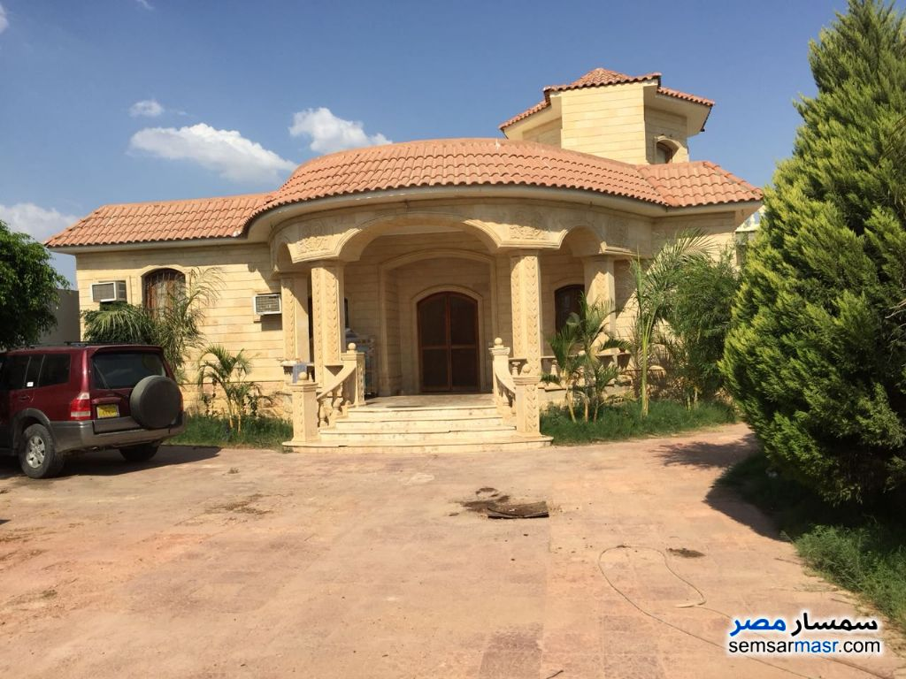 Photo 2 - Villa 4 bedrooms 3 baths 25,200 sqm extra super lux For Sale Cairo Alexandria Desert Road Giza