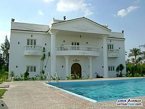 Ad Photo: Villa 6 bedrooms 3 baths 550 sqm extra super lux in Maadi  Cairo