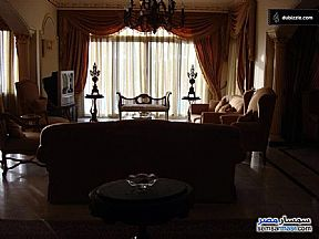 Ad Photo: Villa 5 bedrooms 5 baths 1140 sqm extra super lux in Districts  6th of October