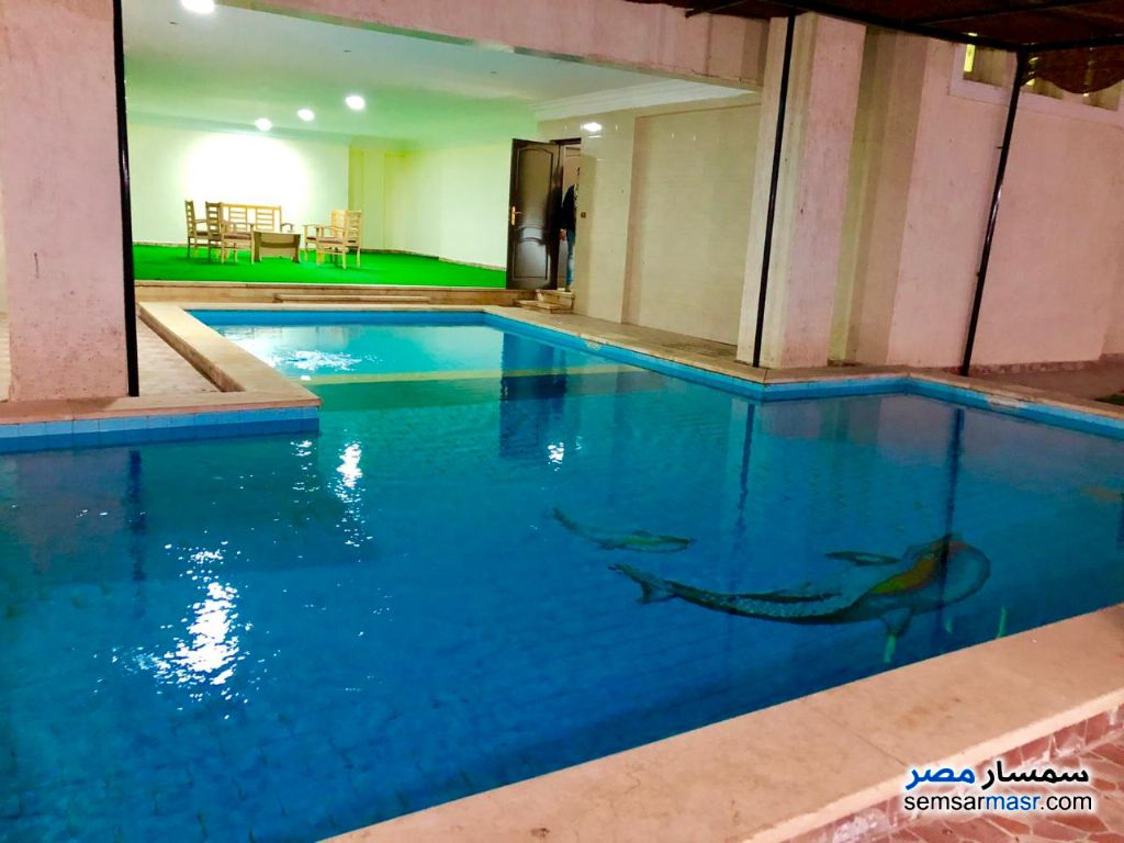 Ad Photo: Villa 5 bedrooms 5 baths 600 sqm extra super lux in Egypt