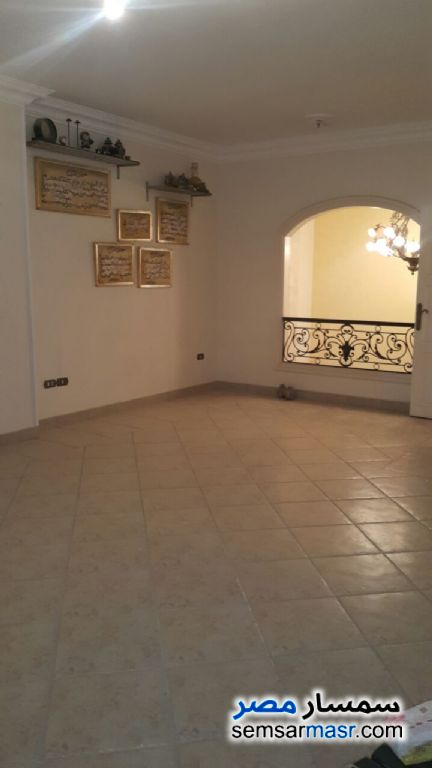 Photo 12 - Villa 3 bedrooms 3 baths 370 sqm extra super lux For Sale Fifth Settlement Cairo