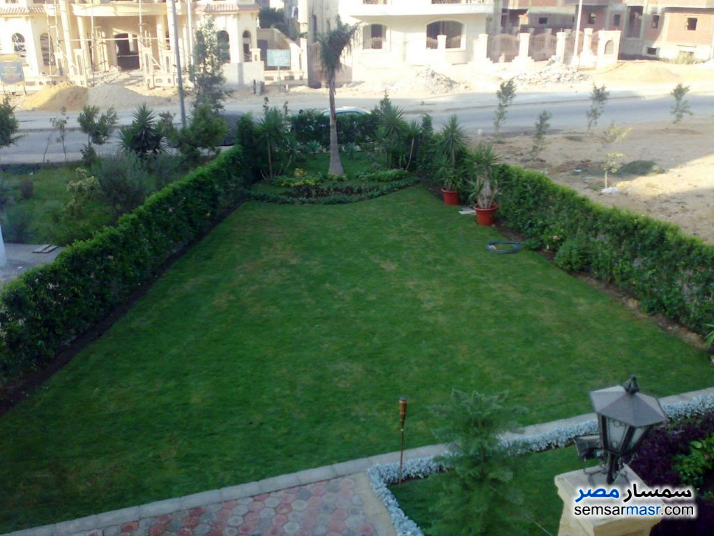 Photo 3 - Villa 3 bedrooms 3 baths 370 sqm extra super lux For Sale Fifth Settlement Cairo