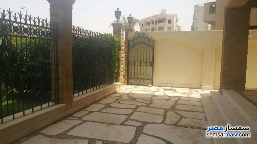Photo 14 - Villa 3 bedrooms 3 baths 370 sqm extra super lux For Sale Fifth Settlement Cairo