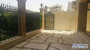Villa 3 bedrooms 3 baths 370 sqm extra super lux For Sale Fifth Settlement Cairo - 14