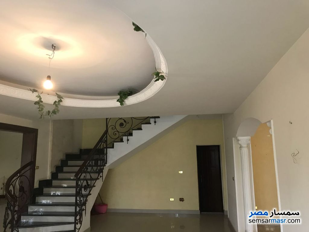 Photo 17 - Villa 3 bedrooms 3 baths 370 sqm extra super lux For Sale Fifth Settlement Cairo