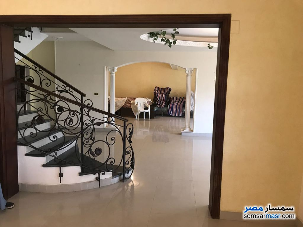 Photo 1 - Villa 3 bedrooms 3 baths 370 sqm extra super lux For Sale Fifth Settlement Cairo
