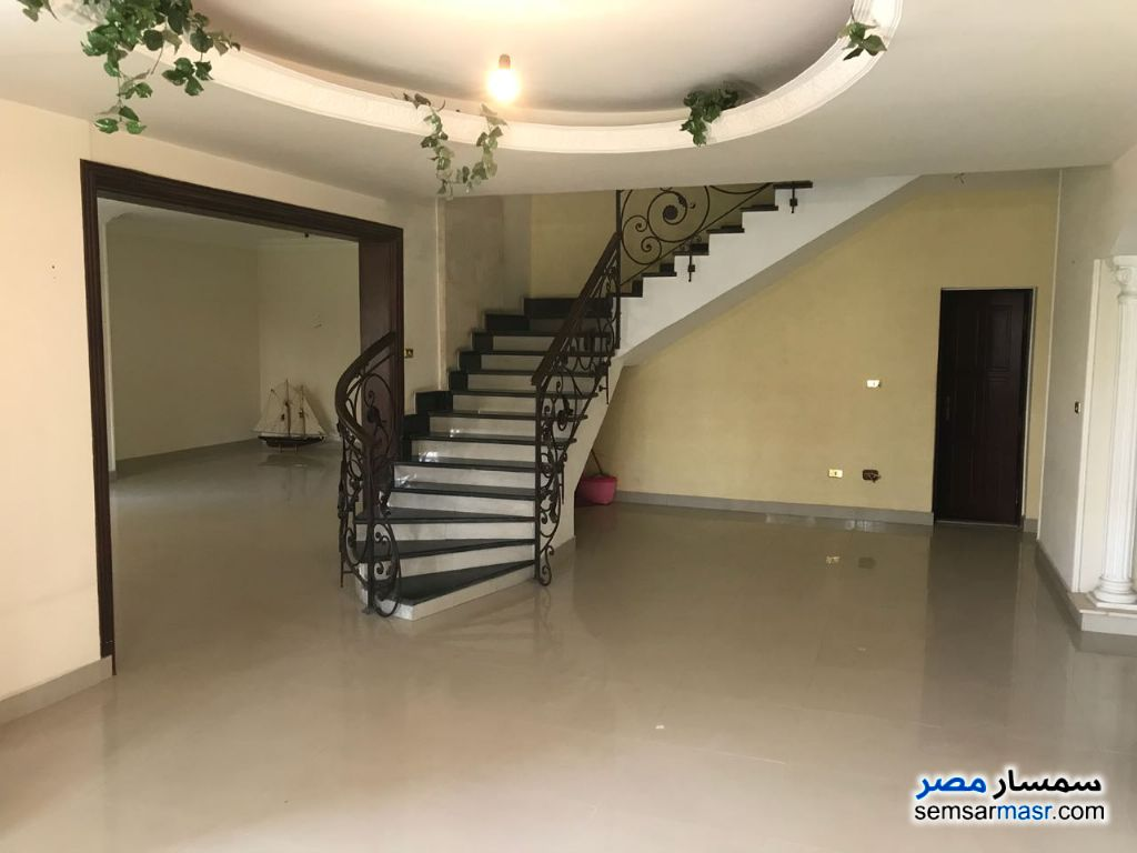 Photo 21 - Villa 3 bedrooms 3 baths 370 sqm extra super lux For Sale Fifth Settlement Cairo