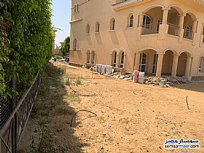 Villa 4 bedrooms 4 baths 730 sqm super lux For Sale Madinaty Cairo - 2