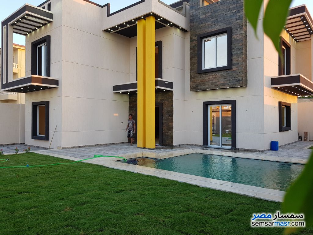 Photo 1 - Villa 4 bedrooms 3 baths 360 sqm extra super lux For Sale King Maryot Alexandira