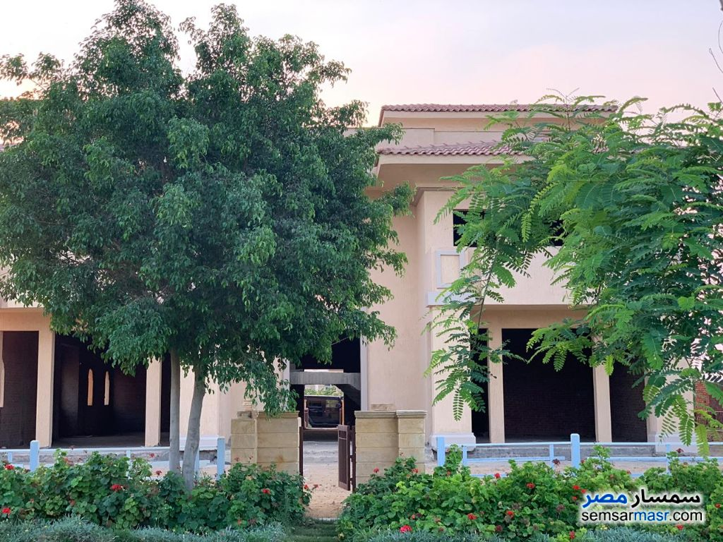 Photo 11 - Villa 7 bedrooms 7 baths 830 sqm without finish For Sale Madinaty Cairo