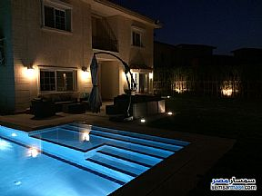 Ad Photo: Villa 4 bedrooms 5 baths 750 sqm extra super lux in Madinaty  Cairo