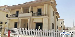 Ad Photo: Villa 4 bedrooms 4 baths 400 sqm without finish in Rehab City  Cairo