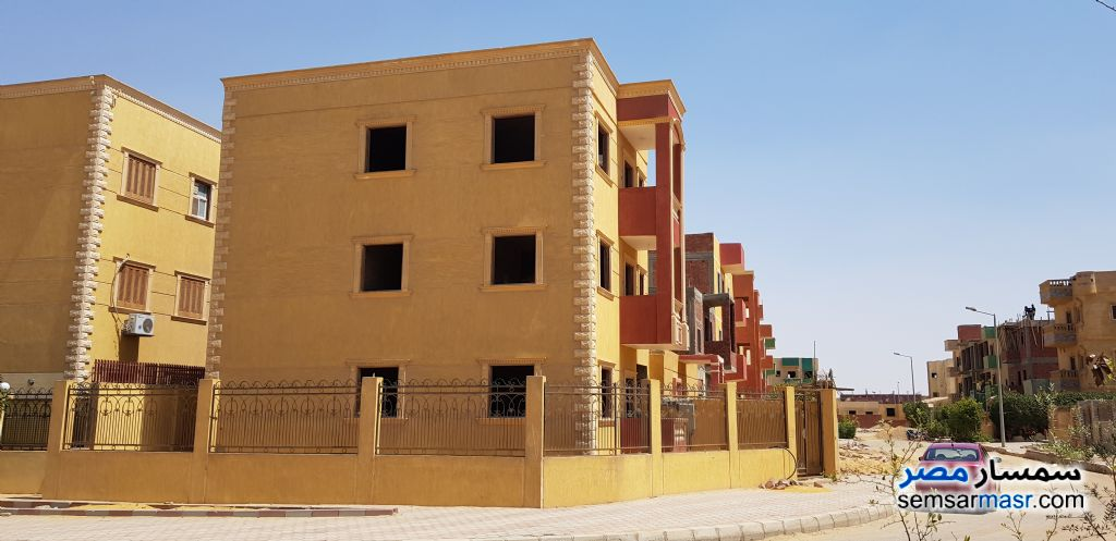 Photo 1 - Building 225 sqm For Sale October Gardens 6th of October