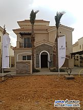 Ad Photo: Villa 5 bedrooms 6 baths 380 sqm extra super lux in New Capital  Cairo
