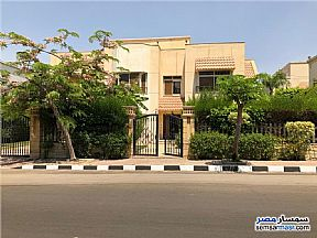 Villa 4 bedrooms 4 baths 650 sqm extra super lux For Sale Rehab City Cairo - 4