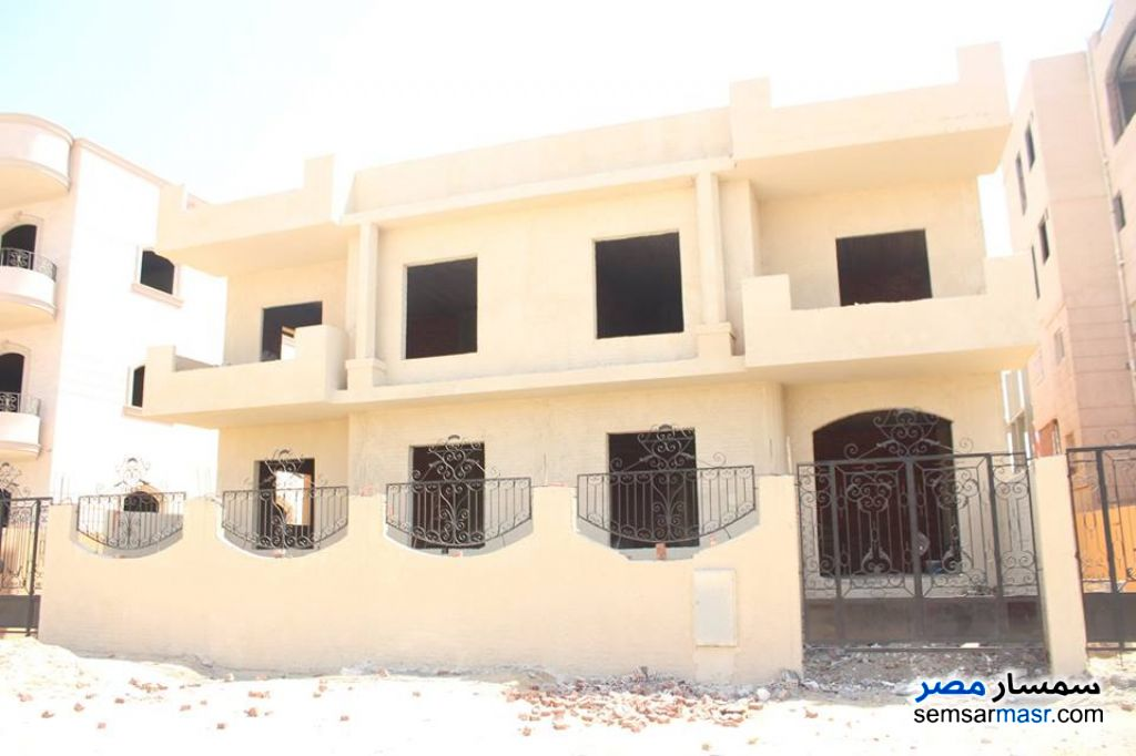 Photo 1 - Villa 12 bedrooms 12 baths 600 sqm semi finished For Sale El Ubour City Qalyubiyah