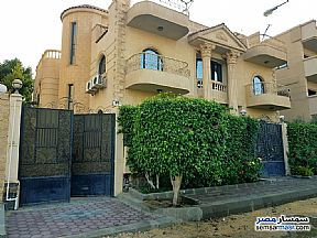 Ad Photo: Villa 5 bedrooms 7 baths 600 sqm extra super lux in El Ubour City  Qalyubiyah