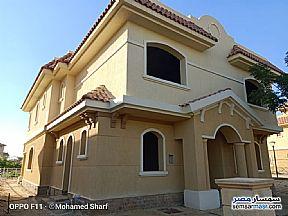 Ad Photo: Villa 3 bedrooms 3 baths 720 sqm without finish in Madinaty  Cairo