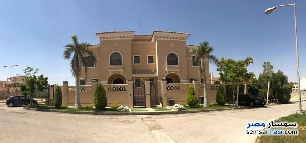 Photo 19 - Villa 7 bedrooms 8 baths 1,180 sqm extra super lux For Sale Dreamland 6th of October