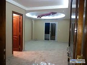Ad Photo: Apartment 3 bedrooms 1 bath 110 sqm super lux in Giza District  Giza