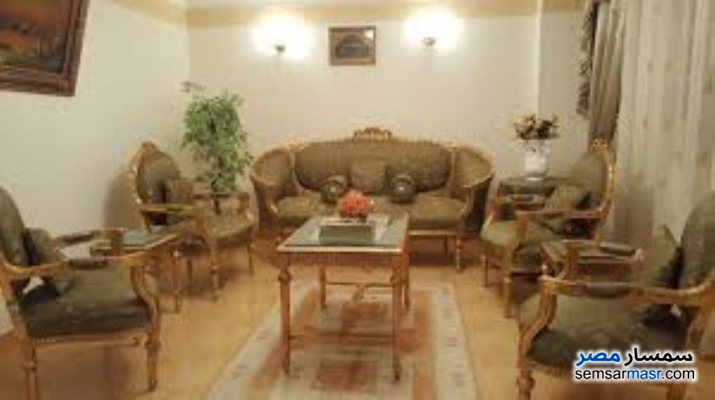 Ad Photo: Apartment 2 bedrooms 1 bath 85 sqm super lux in Old Cairo  Cairo