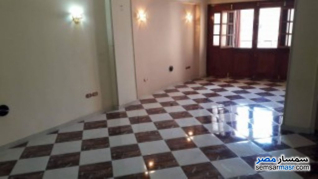 Ad Photo: Apartment 2 bedrooms 1 bath 140 sqm super lux in Giza