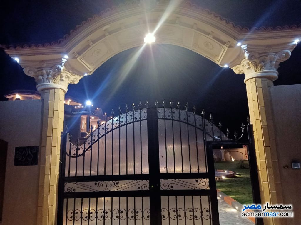 Photo 2 - Villa 7 bedrooms 3 baths 2,800 sqm extra super lux For Sale Cairo Alexandria Desert Road Giza