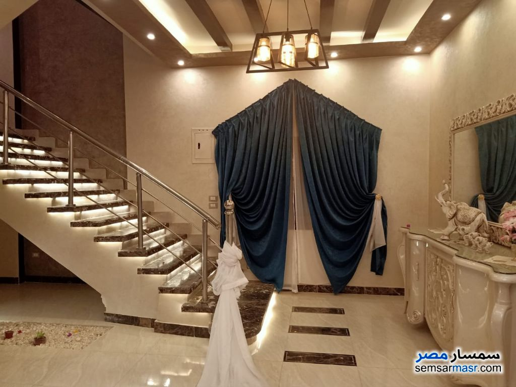 Photo 7 - Villa 7 bedrooms 3 baths 2,800 sqm extra super lux For Sale Cairo Alexandria Desert Road Giza