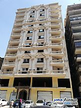 Ad Photo: Apartment 4 bedrooms 4 baths 285 sqm extra super lux in Dokki  Giza