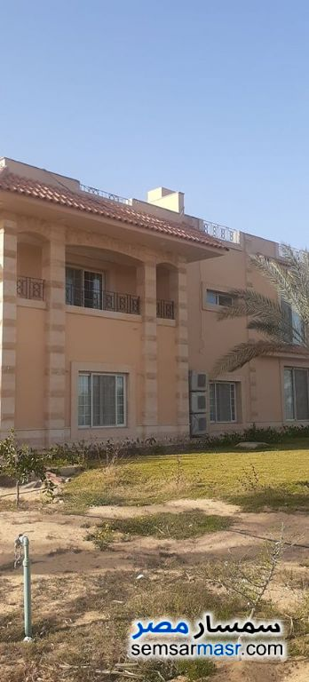 Ad Photo: Villa 5 bedrooms 5 baths 4200 sqm extra super lux in Sphinx City  6th of October