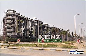 Ad Photo: Apartment 3 bedrooms 3 baths 173 sqm semi finished in October Gardens  6th of October