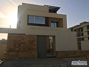 Ad Photo: Apartment 4 bedrooms 3 baths 330 sqm semi finished in Sheikh Zayed  6th of October