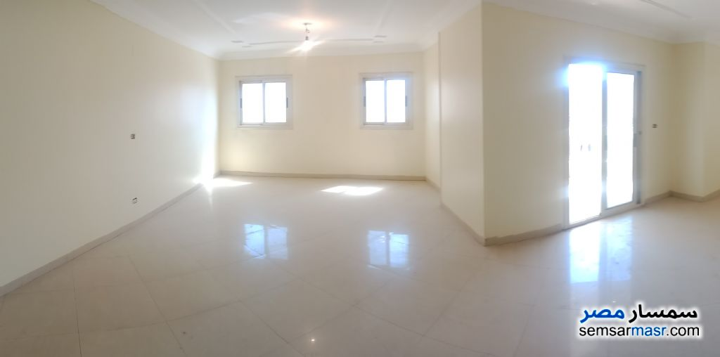 Photo 11 - Apartment 3 bedrooms 2 baths 225 sqm super lux For Sale Maryotaya Giza