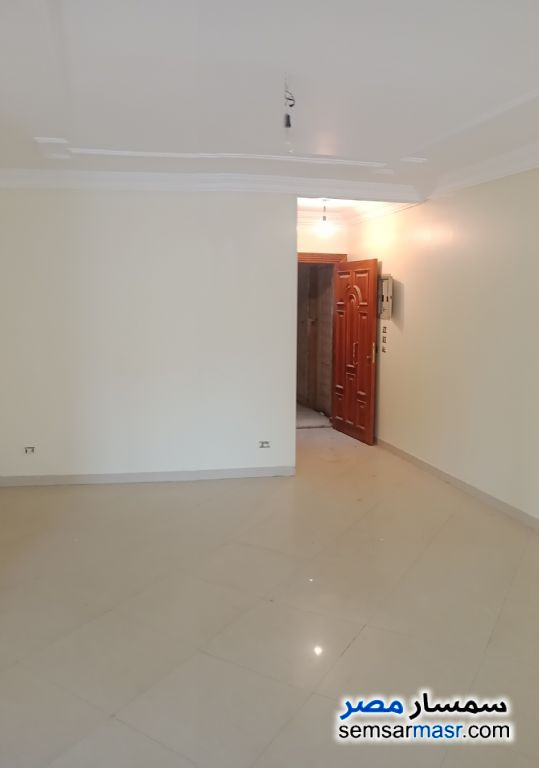 Photo 9 - Apartment 3 bedrooms 2 baths 225 sqm super lux For Sale Maryotaya Giza