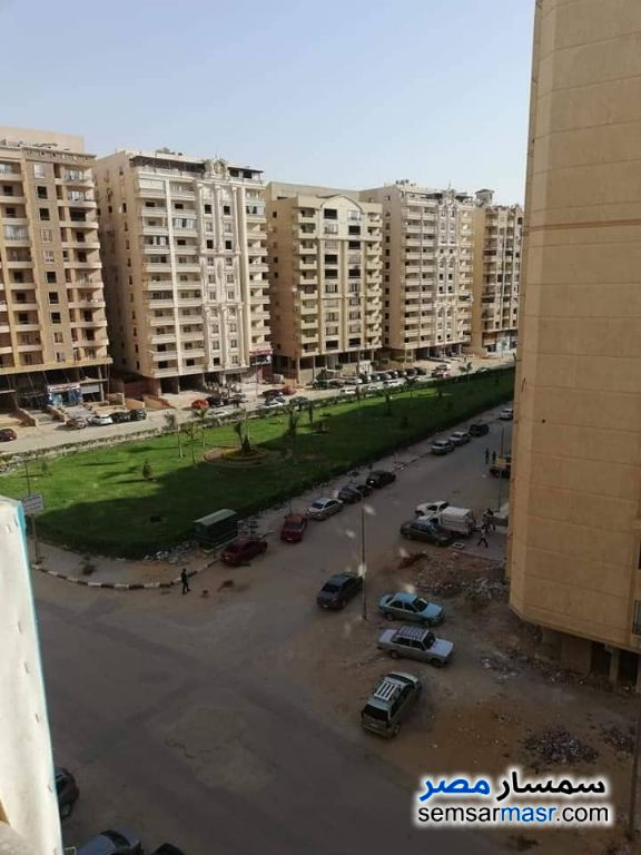 Photo 1 - Apartment 3 bedrooms 2 baths 170 sqm semi finished For Sale Maadi Cairo